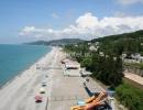 Пляж санатория, детские надувные горки